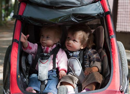Ausflug mit den Zwillingen zum Kulturfest